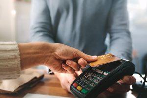 Debitkarten und Kreditkarten: Das sollten Sie wissen!