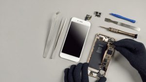 Smartphone kaputt? Mit speziellen Apps kann eine Rettung noch möglich sein