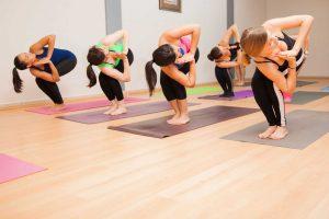 3 Gründe, warum regelmäßiges Yoga bei der Gewichtsabnahme hilft